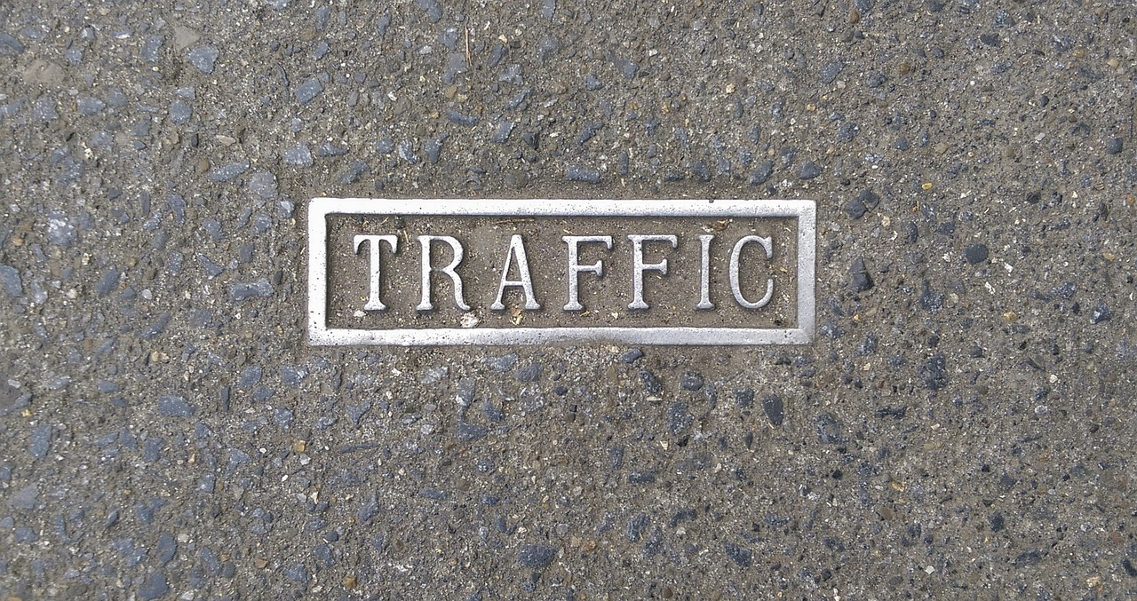7 Common Website Mistakes That Reduce Traffic and Solutions